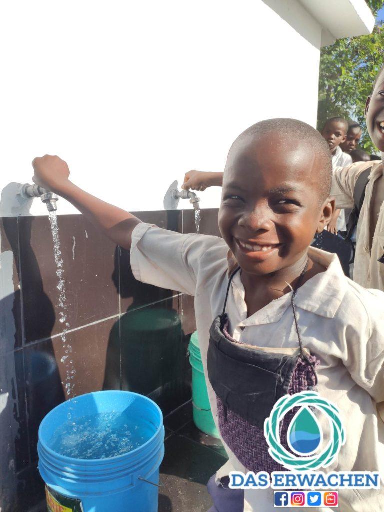 Dieses Lächeln ist der Grund für unser Bestreben Brunnen zu bauen.